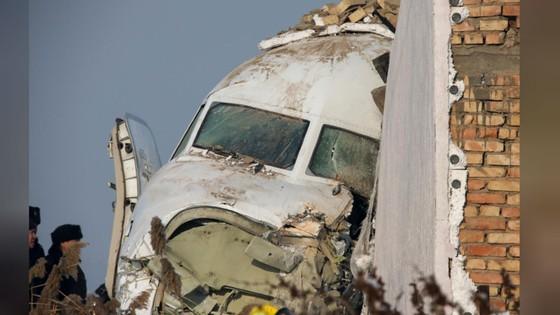 Rơi máy bay tại Kazakhstan, ít nhất 14 người thiệt mạng ảnh 9