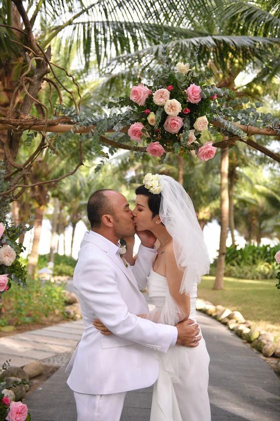 Xuân Lan bất ngờ tổ chức đám cưới tại Đà Nẵng vào ngày đầu năm mới 2020 ảnh 2