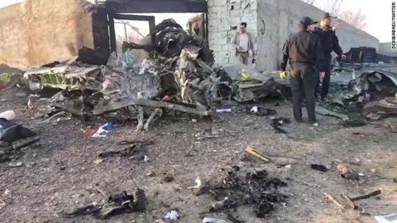 Xác định được nguyên nhân vụ máy bay chở khách của Ukraine rơi tại Iran ảnh 12