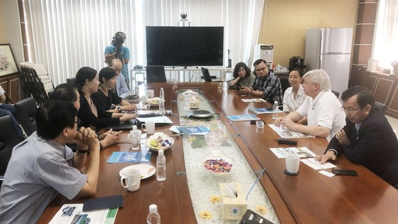 Doanh Nghiệp Nhật gặp gỡ VWS chào bán máy xử lý rác thải ảnh 2