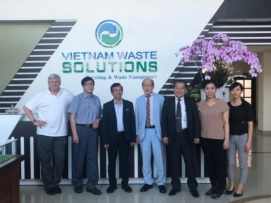 Doanh Nghiệp Nhật gặp gỡ VWS chào bán máy xử lý rác thải ảnh 3