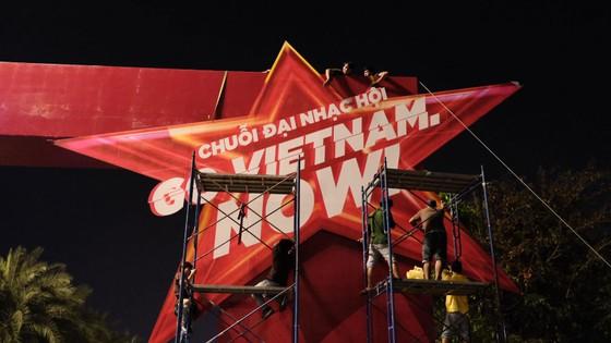 Tiết lộ sân khấu khủng trong đại nhạc hội F1 đầu tiên tại Việt Nam ảnh 8