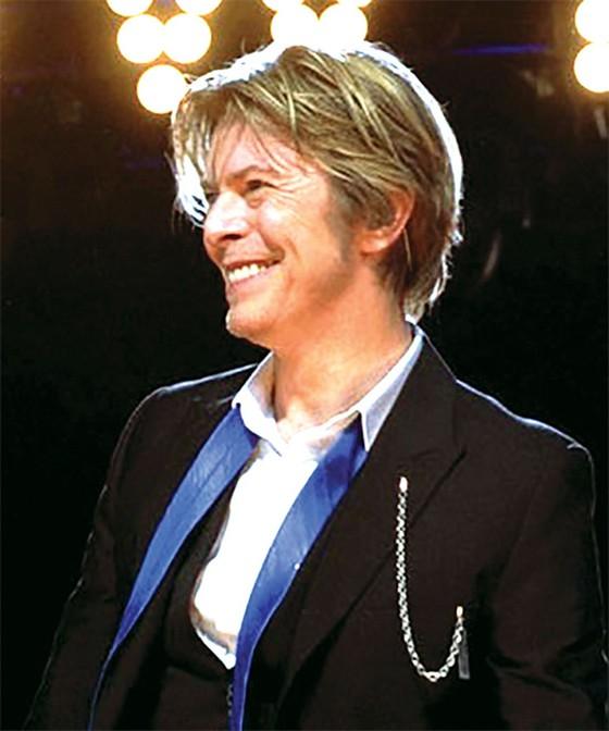 Phát hành 2 bản ghi âm mới của David Bowie ảnh 1