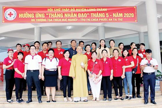 Vedan Việt Nam tặng 4 căn nhà và đồng hành cùng Hội Chữ thập đỏ huyện Long Thành trao tặng 50 phần quà cho các hộ nghèo khuyết tật tại huyện Long Thành, tỉnh Đồng Nai ảnh 1