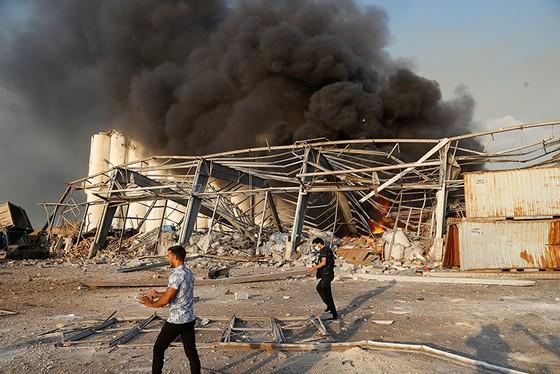 Nổ ở Beirut, hàng ngàn người thương vong ảnh 6