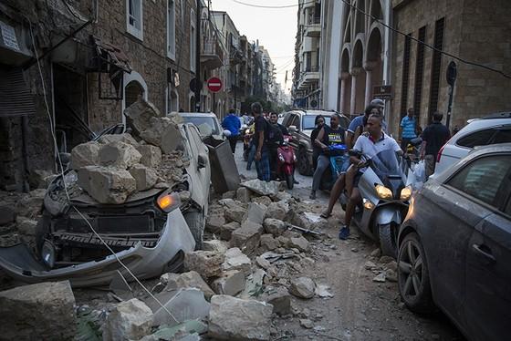 Nổ ở Beirut, hàng ngàn người thương vong ảnh 3