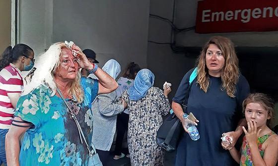 Nổ ở Beirut, hàng ngàn người thương vong ảnh 4