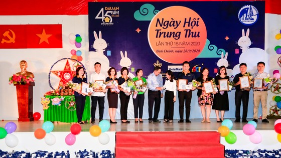 Saigontourist Group mang Tết trung thu đến với học sinh nghèo hiếu học các huyện ngoại thành ảnh 2