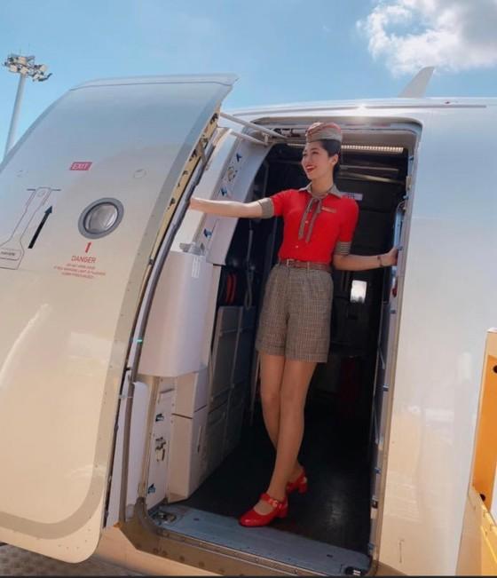 Bộ ảnh của hai thí sinh Hoa hậu Việt Nam là tiếp viên hàng không  ảnh 7