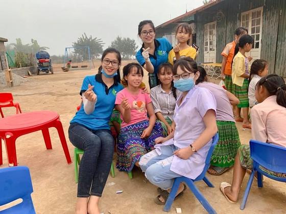Bộ ảnh của hai thí sinh Hoa hậu Việt Nam là tiếp viên hàng không  ảnh 10