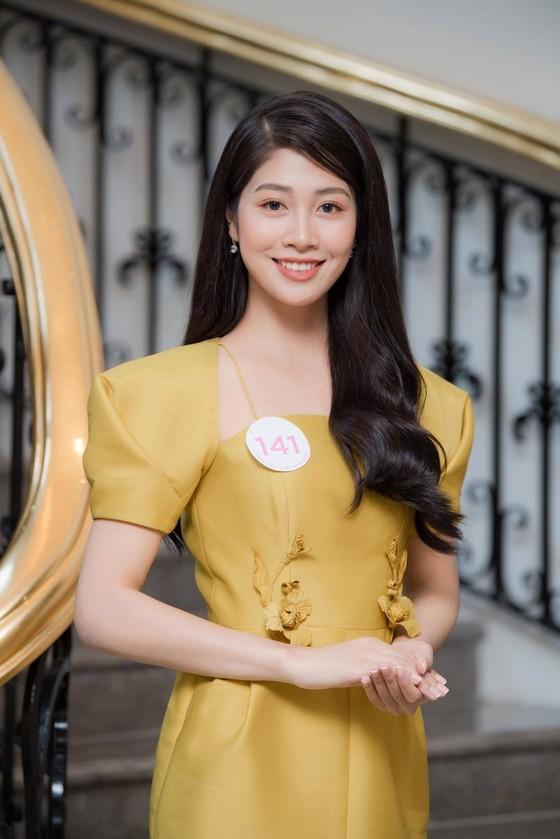 Bộ ảnh của hai thí sinh Hoa hậu Việt Nam là tiếp viên hàng không  ảnh 12