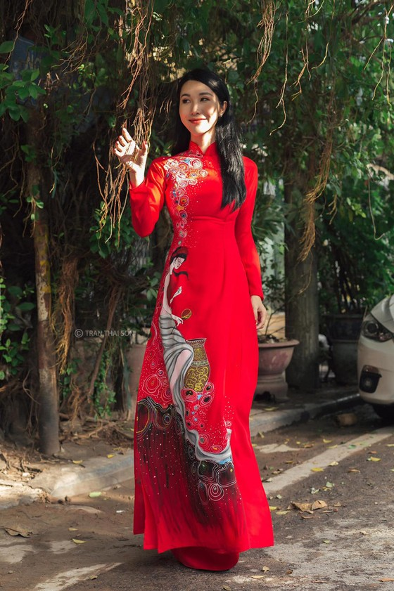 Bộ ảnh của hai thí sinh Hoa hậu Việt Nam là tiếp viên hàng không  ảnh 4
