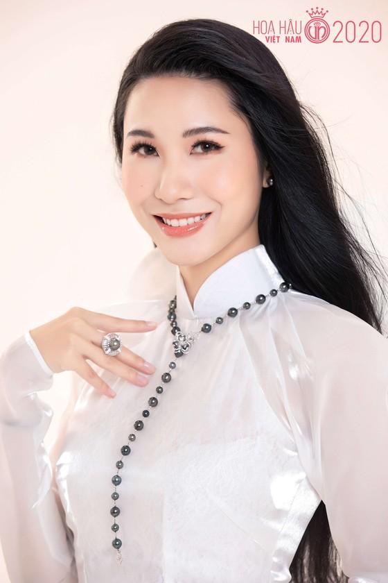 Bộ ảnh của hai thí sinh Hoa hậu Việt Nam là tiếp viên hàng không  ảnh 3