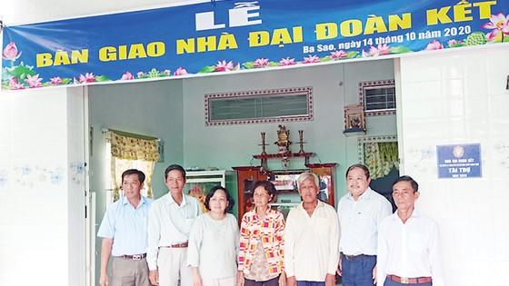 Công ty TNHH MTV Xổ số kiến thiết Đồng Tháp trao nhà Đại đoàn kết tại xã Ba Sao huyện Cao Lãnh ảnh 1
