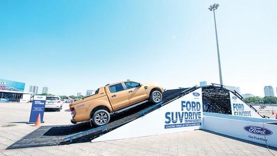 Sự kiện lái thử Ford SUV Drive 2020: Khởi động trải nghiệm Off-road khác biệt trên địa hình mô phỏng  ảnh 4