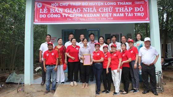 Vedan Việt Nam trao tặng 4 căn nhà Chữ thập đỏ cho các hộ nghèo tại tỉnh Đồng Nai ảnh 3