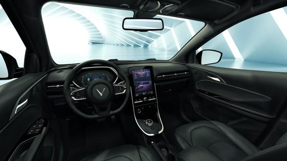VinFast VF e34 - xe SUV cỡ C 'ngon-bổ-rẻ' nhất thị trường ảnh 2