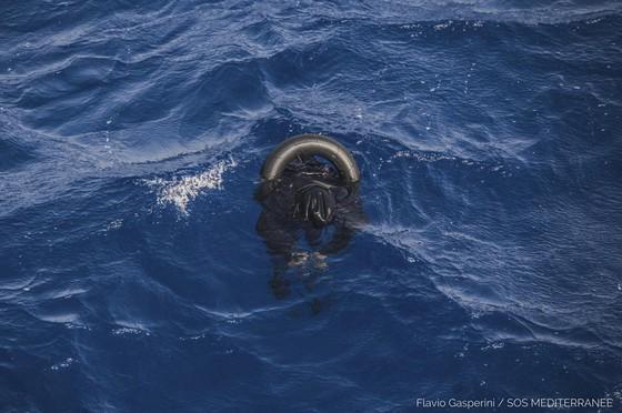 130 người di cư thiệt mạng trong vụ đắm tàu ở Libya  ảnh 2