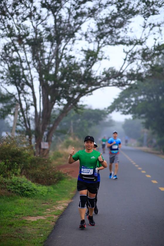 Cộng đồng runner ấn tượng với BaDen Mountain Marathon 2021 lần đầu tổ chức tại Tây Ninh ảnh 3
