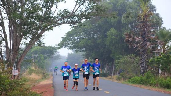 Cộng đồng runner ấn tượng với BaDen Mountain Marathon 2021 lần đầu tổ chức tại Tây Ninh ảnh 2