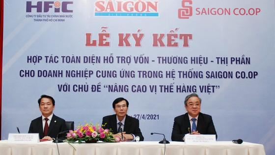 Bắt tay hỗ trợ hàng Việt vươn xa  ảnh 3