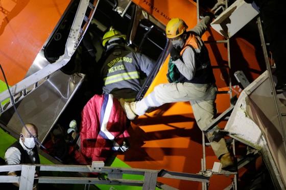 Sập đường sắt trên cao tại Mexico, ít nhất 23 người thiệt mạng ảnh 4