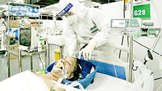 Cán bộ, nhân viên y tế tử vong khi chống dịch: Xứng đáng được công nhận là liệt sĩ ảnh 2