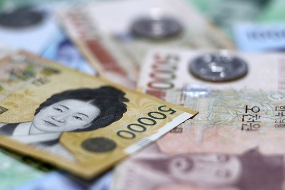 """Kinh tế Hàn Quốc """"ngấm đòn"""" từ căng thẳng với Triều Tiên ảnh 1"""
