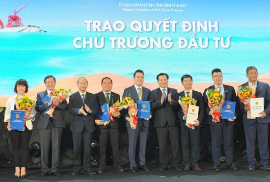 Bình Thuận trao quyết định đầu tư dự án Thanh Long Bay cho Nam Group  ảnh 2