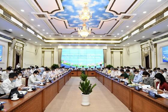 Thủ tướng Phạm Minh Chính: Cương quyết không để dịch Covid-19 bùng phát ở TPHCM ảnh 1