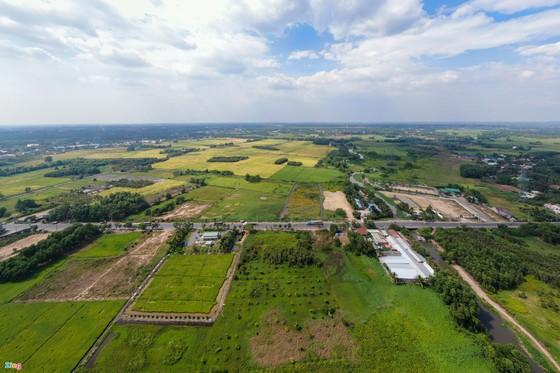 'Mảnh đất vàng tương lai' phía tây bắc - nơi TPHCM cần khai phá ảnh 2