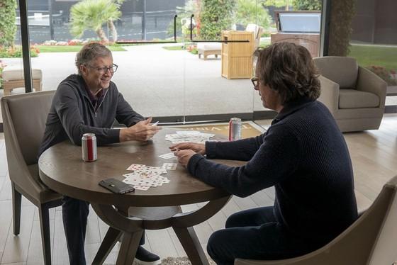 Trong hai tuần, hình ảnh đẹp đẽ của Bill Gates tan vỡ ảnh 1