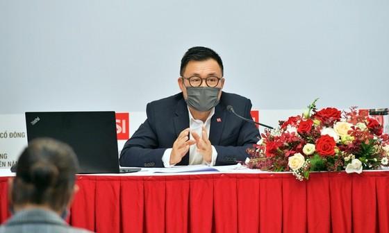 Ông Nguyễn Duy Hưng nói chuyện dùng mạng xã hội tác động thị trường chứng khoán ảnh 1