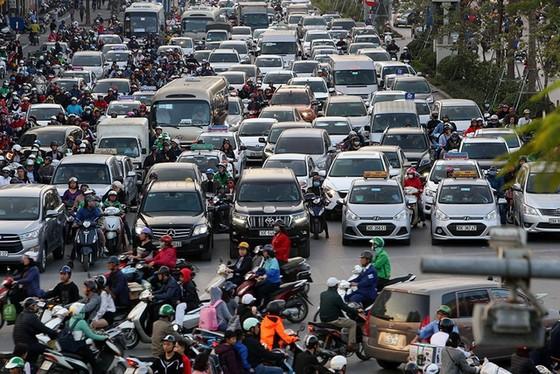 Bỏ thuế hàng tỷ đồng, người Việt cũng khó mơ xế hộp giá rẻ của Anh ảnh 1