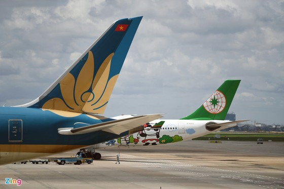 Vua hàng hiệu Johnathan Hạnh Nguyễn muốn lập hãng bay chở hàng hóa ảnh 1