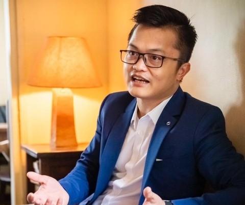 Cuộc giải ngân 15,2 tỷ hài hước của Hoài Linh và giá trị ảo ở showbiz ảnh 1