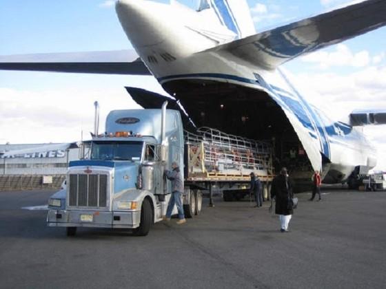 Hàng không chuyên chở: 'Miếng ngon' có dễ nuốt? ảnh 1