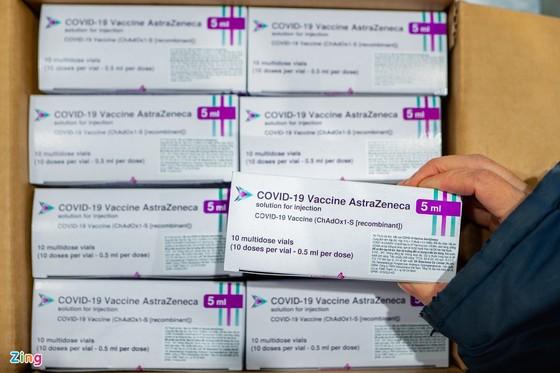 Vì sao 288.100 liều vaccine Covid-19 'mắc kẹt' 20 ngày tại TPHCM? ảnh 1