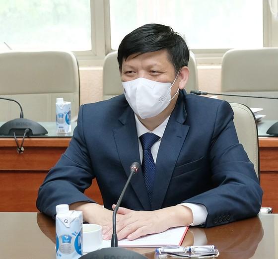 SK và Samsung muốn đầu tư thiết bị y tế, sản xuất huyết tương, vaccine Covid-19 tại Việt Nam ảnh 1