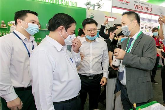 Hai năm ròng rã, chai nước mắm Việt lập kỷ lục trên Amazon ảnh 2
