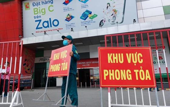 Việt Nam cần chuẩn bị gì để có thể sống chung với dịch Covid-19? ảnh 2