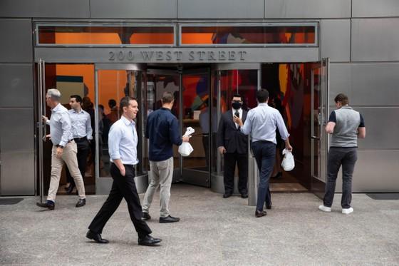 Màu xám hậu Covid-19 tại các trung tâm tài chính thế giới ảnh 6