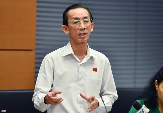Việt Nam cần chuẩn bị gì để có thể sống chung với dịch Covid-19? ảnh 1