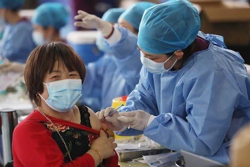 Hiệu quả chống Covid-19 của vaccine Sinovac và Sinopharm đến đâu? ảnh 1