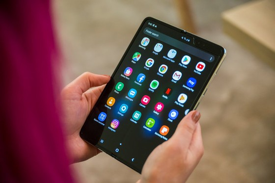 5. In mid-April, just ahead of the planned April 26 launch of the Galaxy Fold, Samsung offered an opportunity for the media to use it. The early impressions were largely positive.