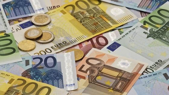 eu ho tro 15 ty euro cho cac nuoc tren the gioi doi pho dich covid-19 hinh 1