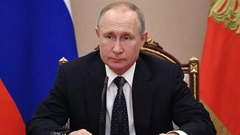 Nga sua doi Hien phap: Su tiep noi cua 'de che Putin'