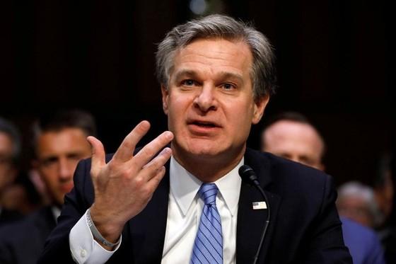Giám đốc FBI: Trung Quốc muốn thành siêu cường bằng thủ đoạn - Ảnh 1.