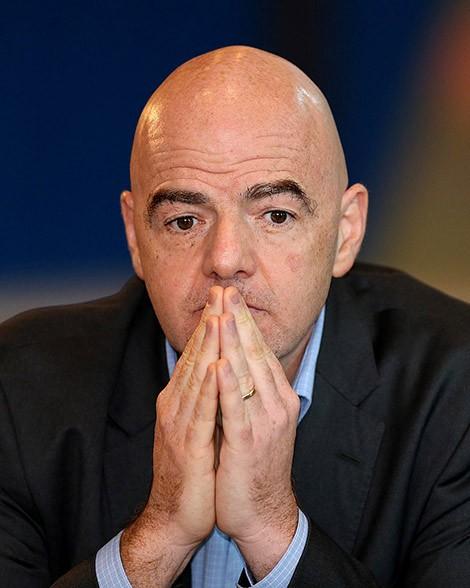 Chủ tịch FIFA bị cáo buộc câu kết tham nhũng ảnh 1