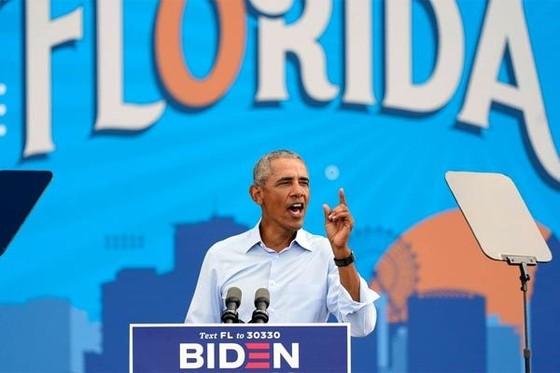 Barack Obama nặng lời chỉ trích ông Trump về Covid-19